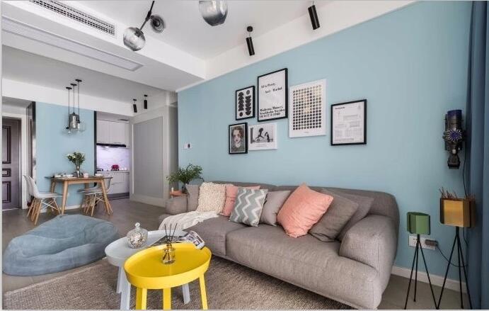 89﹐北欧风格三居室 北欧客厅沙发茶几绿植装饰画墙漆 2 89﹐北欧风格