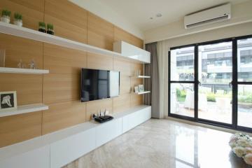 330复式简约派 自然质朴的公寓设计