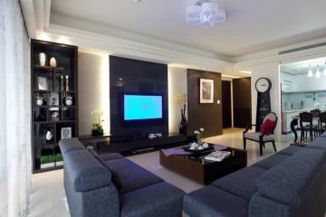 165㎡美观又实用 新型简洁住宅设计
