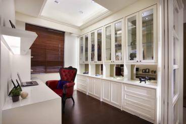 大气典雅 时尚靓丽的160平老房翻新