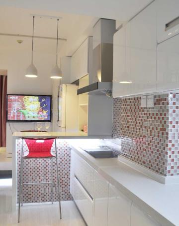 30㎡色彩魅力 巧妙混搭复式公寓