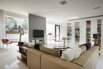320㎡别墅自然元素带进室内 天光水影人文知性宅