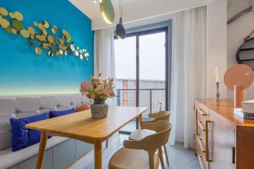 89㎡混搭风格装修,客餐厨房全开放,小家住出大宅的感觉!